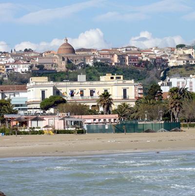 USA. Ricordi del primo dopoguerra a Giulianova con una finestra aperta alla crisi americana