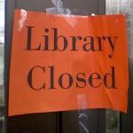 """library closed, biblioteca chiusa"""